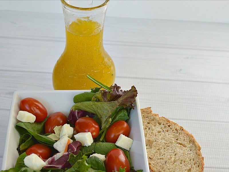 Lemon and Olive Oil Salad Dressing