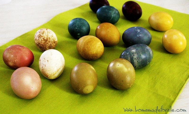 Homemade Easter Egg Dye   homemadeforelle.com