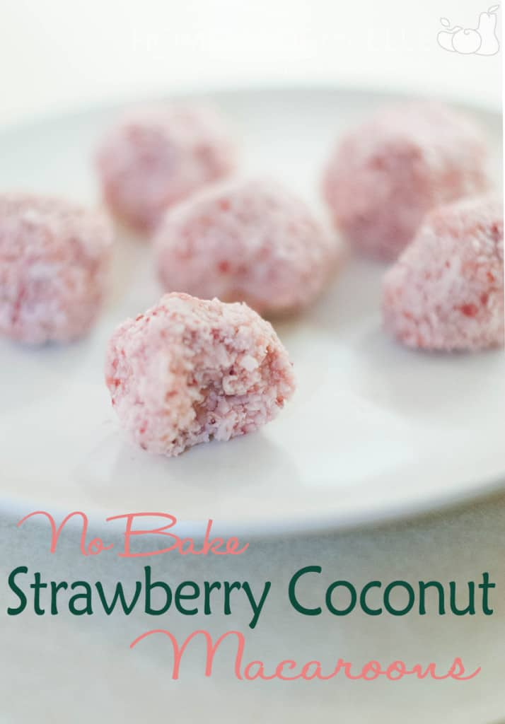 Strawberry Coconut macaroons 2
