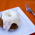 Spiced cake withcream cheese