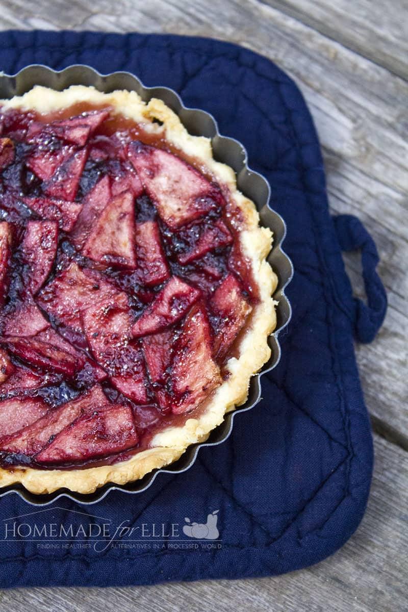 Elderberry, Bluberry & Pear Tart