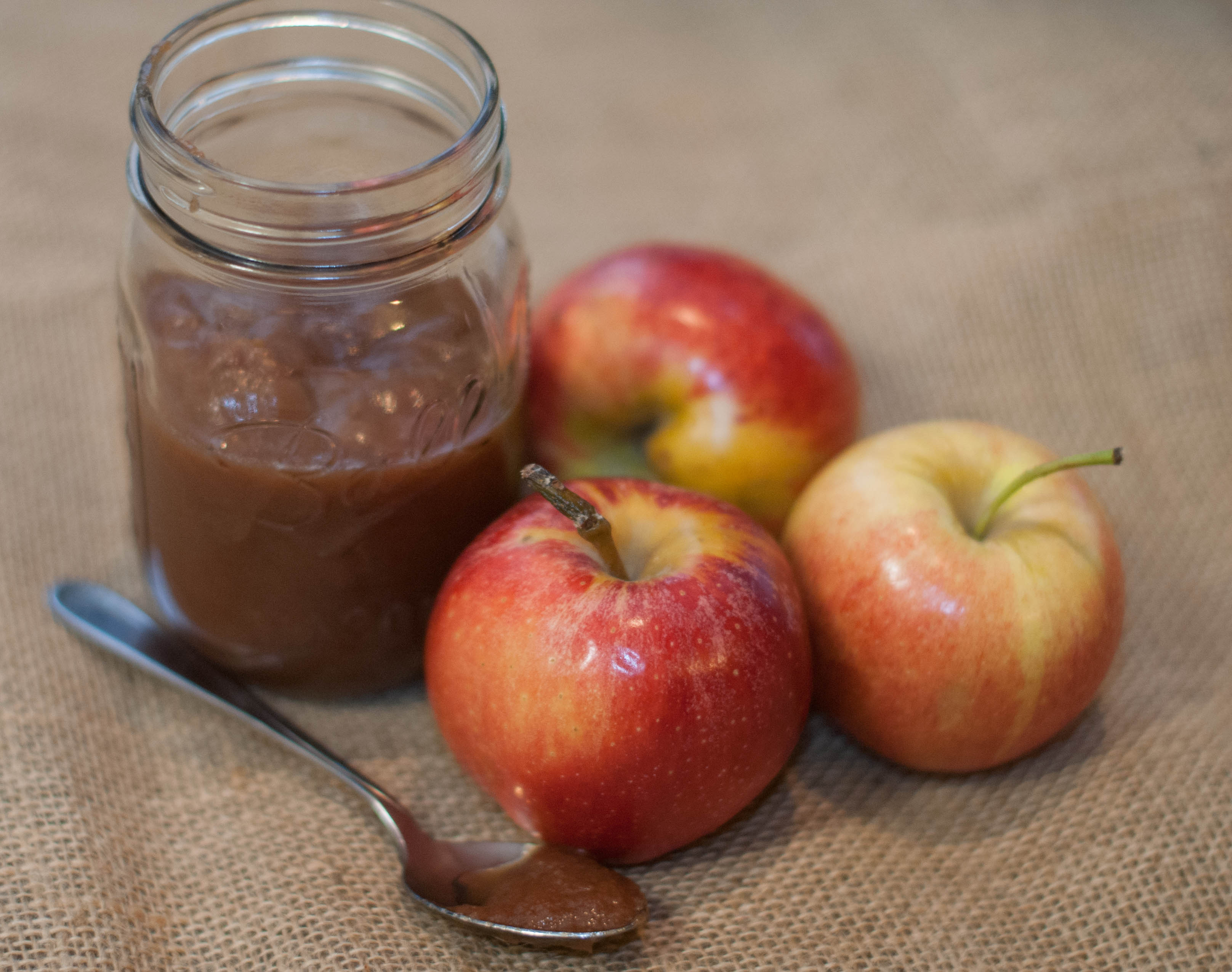 Small Batch Spiced Maple Apple Butter Recipe