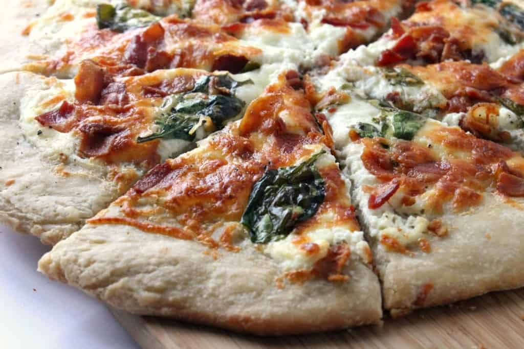 White Pizza with Spinach and Bacon | Homemade for Elle