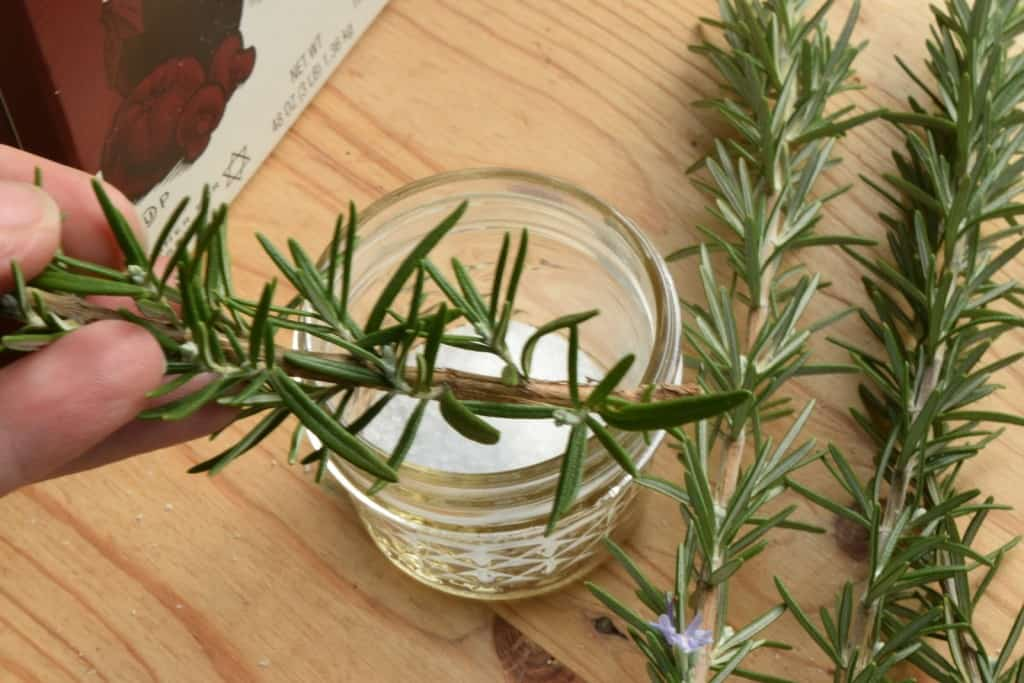 Rosemary Herbal Salt - Homemade Christmas Gifts in a Jar