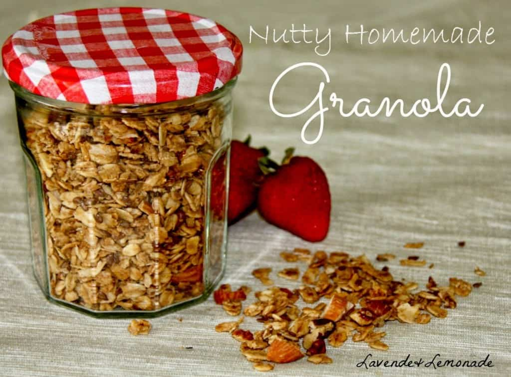 Nutty Homemade Granola - Homemade Christmas Gifts in a Jar