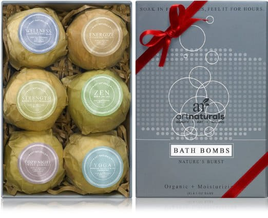 Best Gifts for New Moms - Bath Bombs | homemadeforelle.com