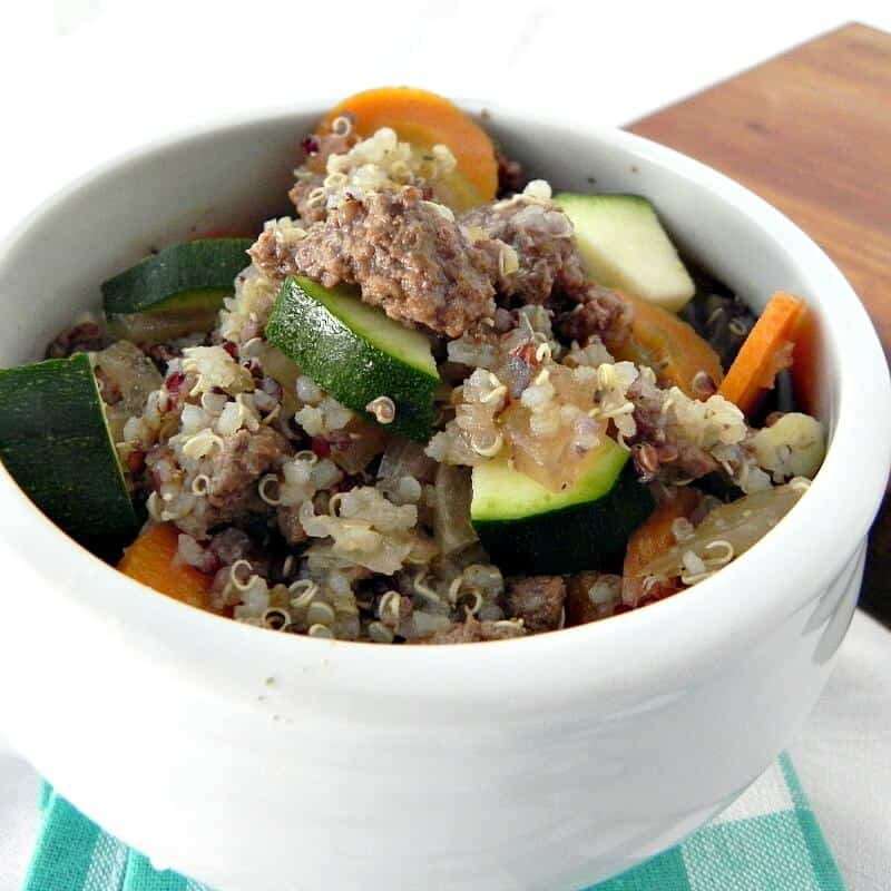 Beef and Quinoa Soup - Clean Eating soups   homemadeforelle.com
