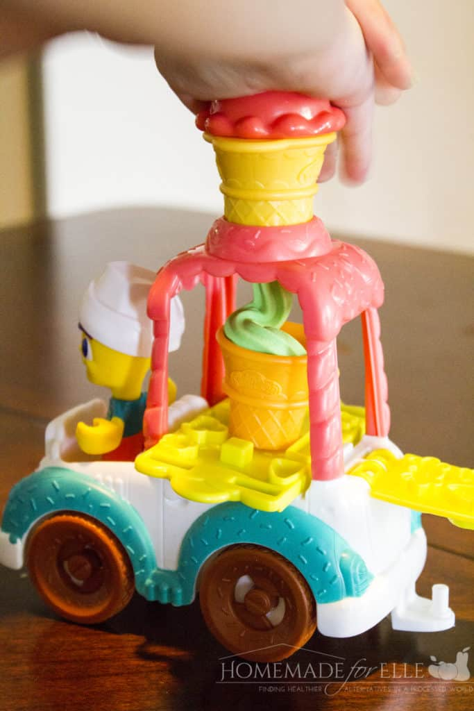 PLAY-DOH Town Collections | homemadeforelle.com