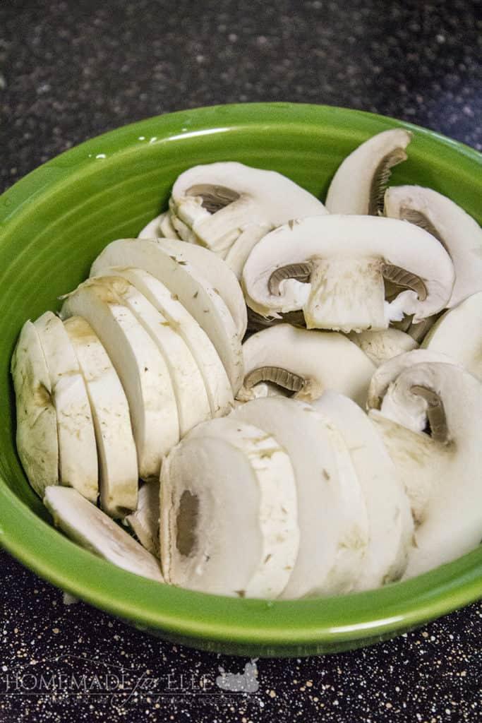 Fresh Sliced Mushrooms | homemadeforelle.com