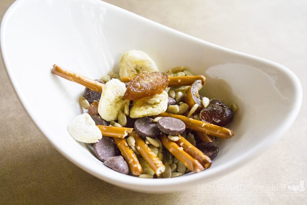 Nut Free Trail Mix | homemadeforelle.com