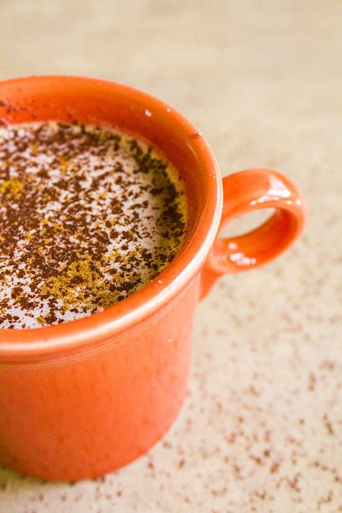 twenty super delicious hot drinks to warm you up during fall or winter! Homemade Mexican Hot Chocolate | homemadeforelle.com