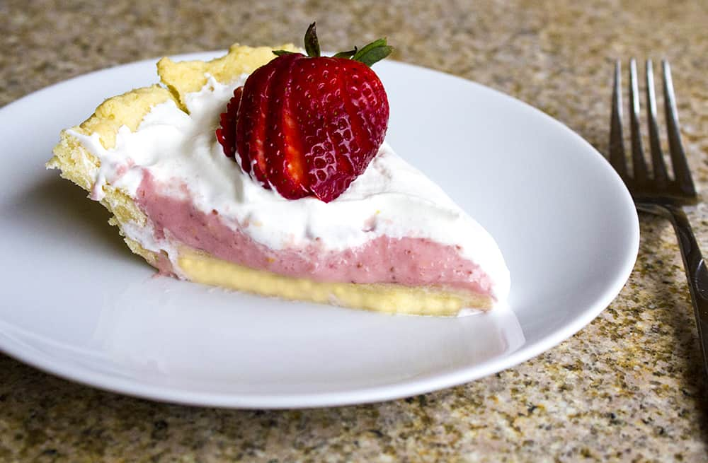 Clean Eating Strawberry Pie | homemadeforelle.com