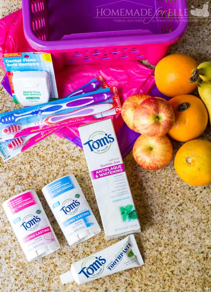 How to Make a Teacher's Survival Gift Basket | homemadeforelle.com