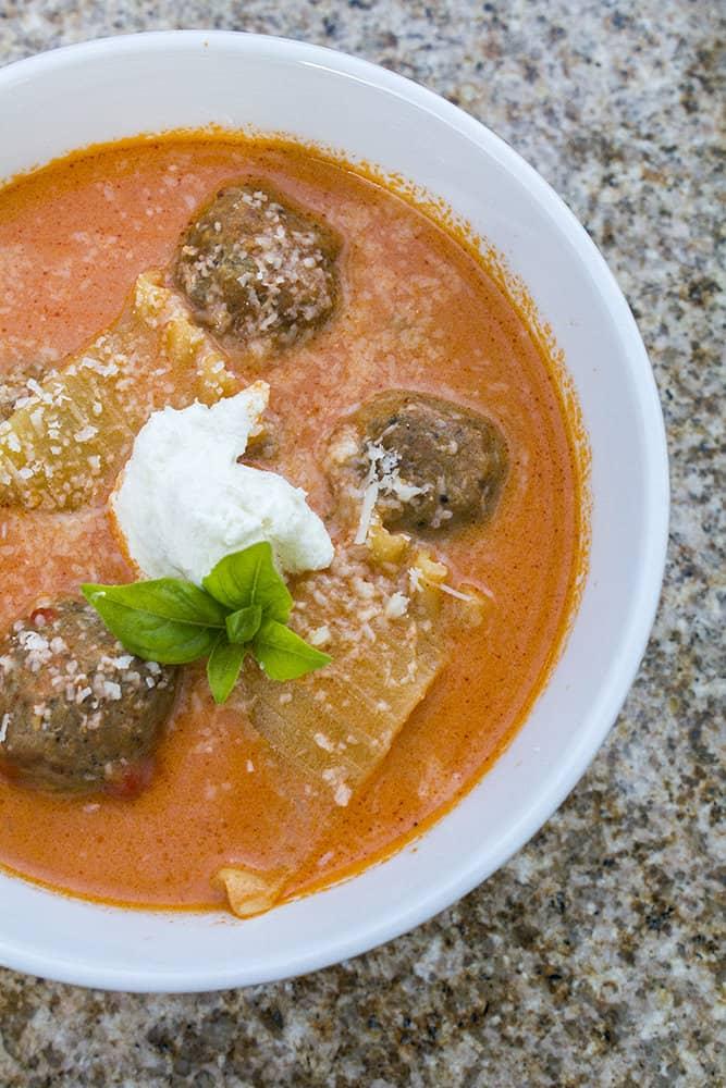 30 Minutes Meatball Lasagna Soup