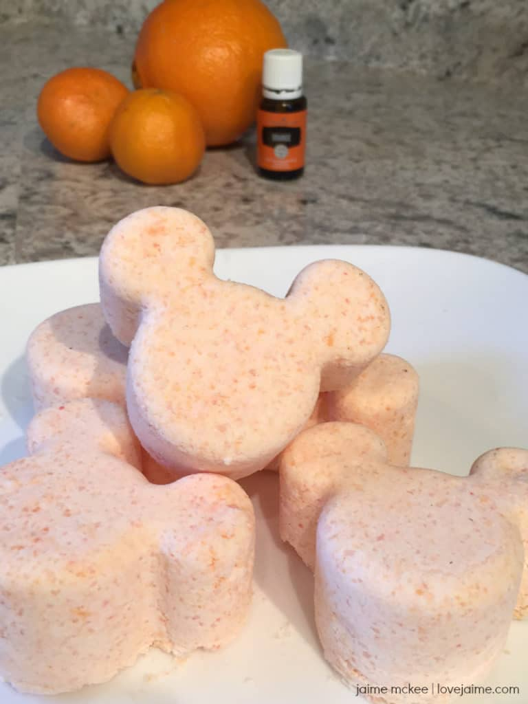 DIY Orange Scented MIckey Mouse Bath Bobms
