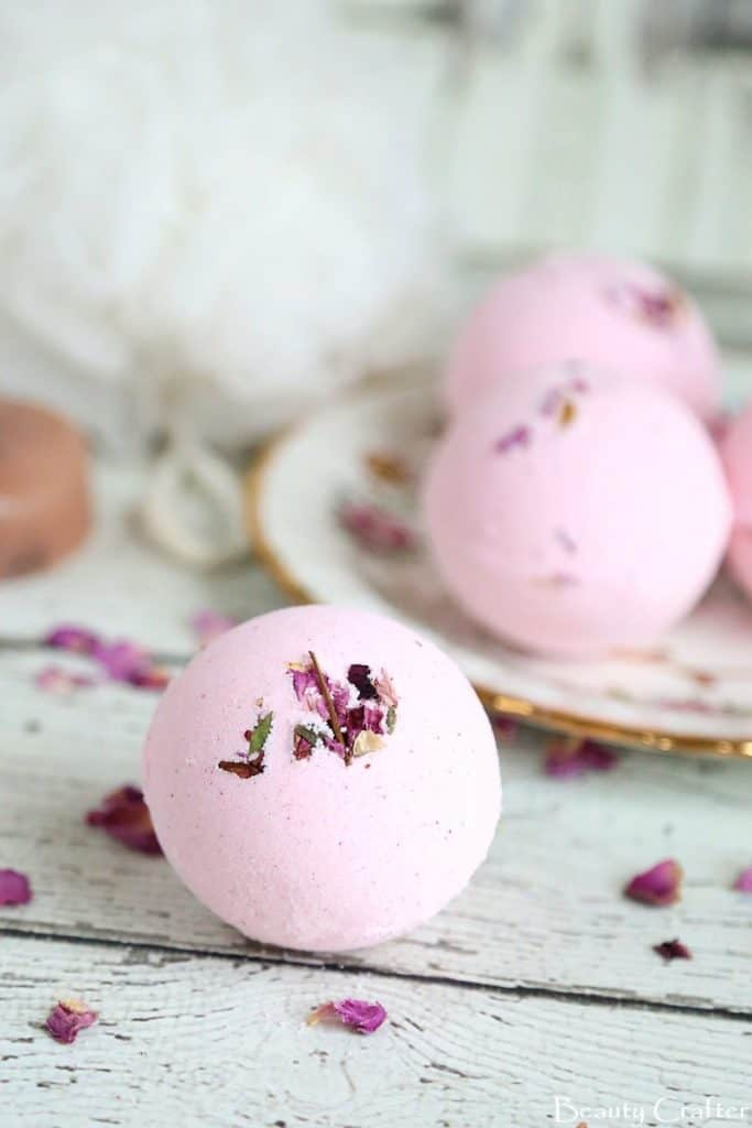 25 Diy Bath Bombs Homemade For Elle