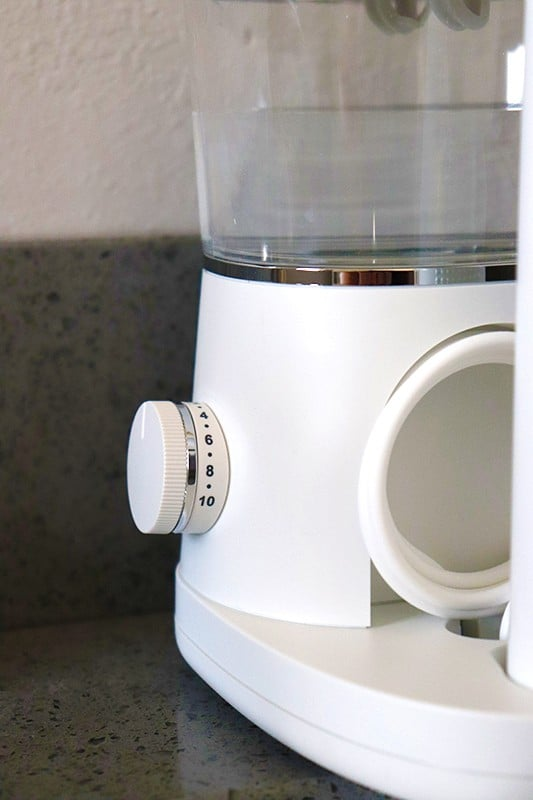 sonic-fusion waterpik dial that allows you to select the pressure of the water flosser
