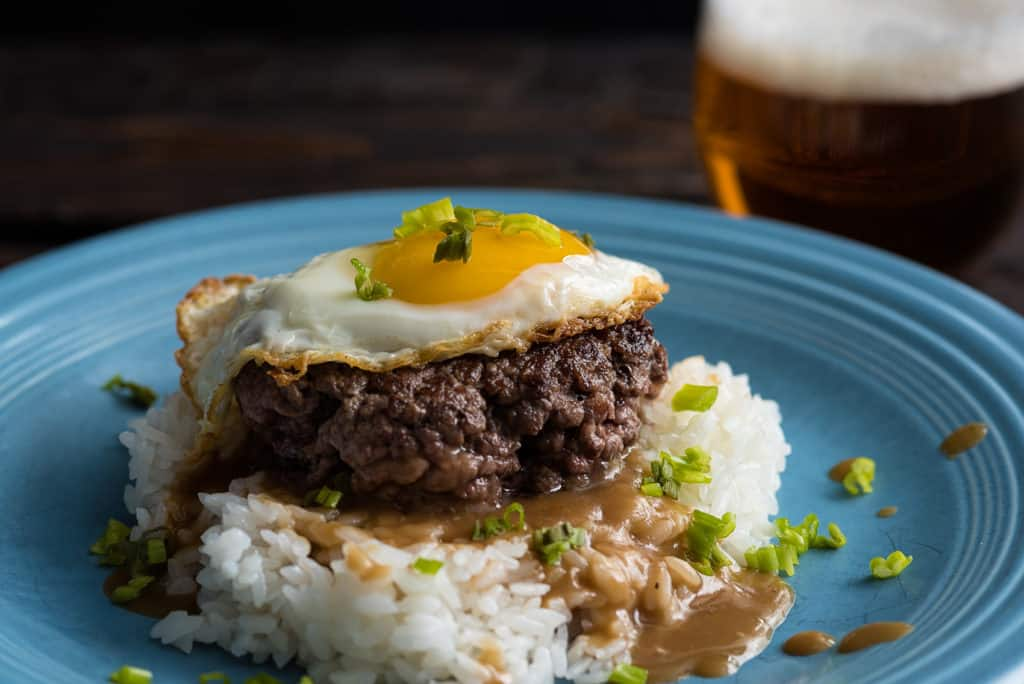 Loco Moco with Roasted Garlic Gravy | Nomageddon