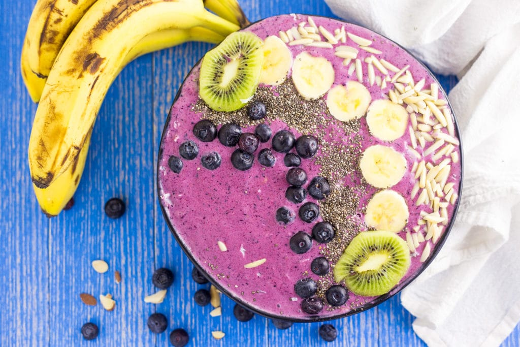 Banana Blueberry Smoothie Bowl